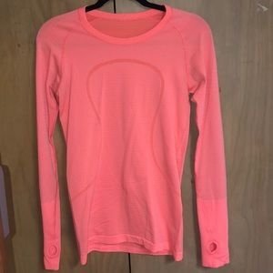 Size 8 Lulu Lemon Athletica Swiftly Long Sleeve